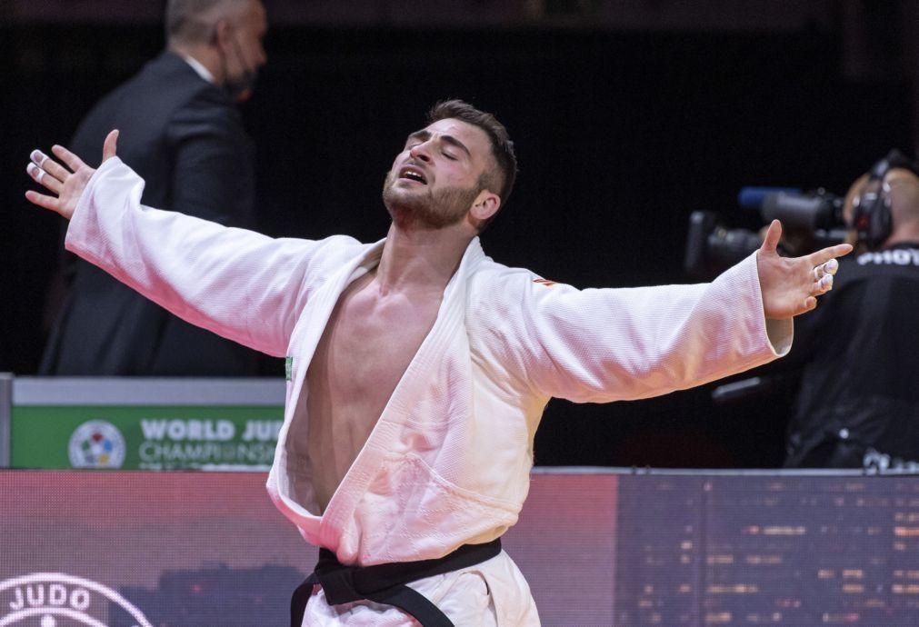 Tóquio2020: Judoca Anri Egutidze eliminado no primeiro combate de -81 kg