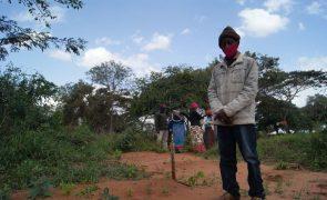 Vasco viu cadáver da mãe cortado ao meio pelas obras de novo aeroporto em Moçambique