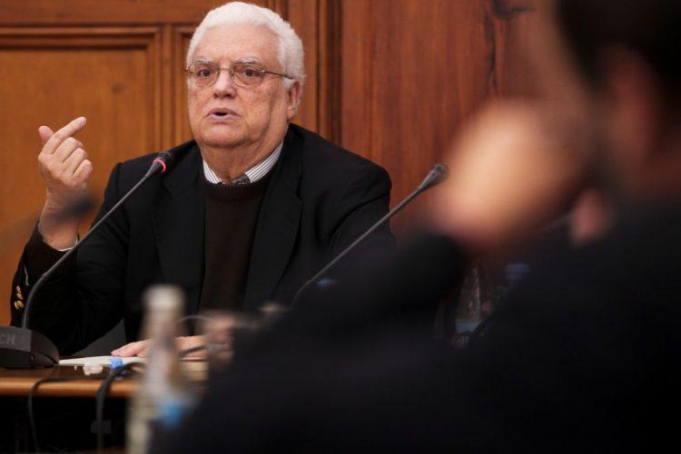 Freitas impedido de participar nas cerimónias fúnebres de Mário Soares por problemas de saúde