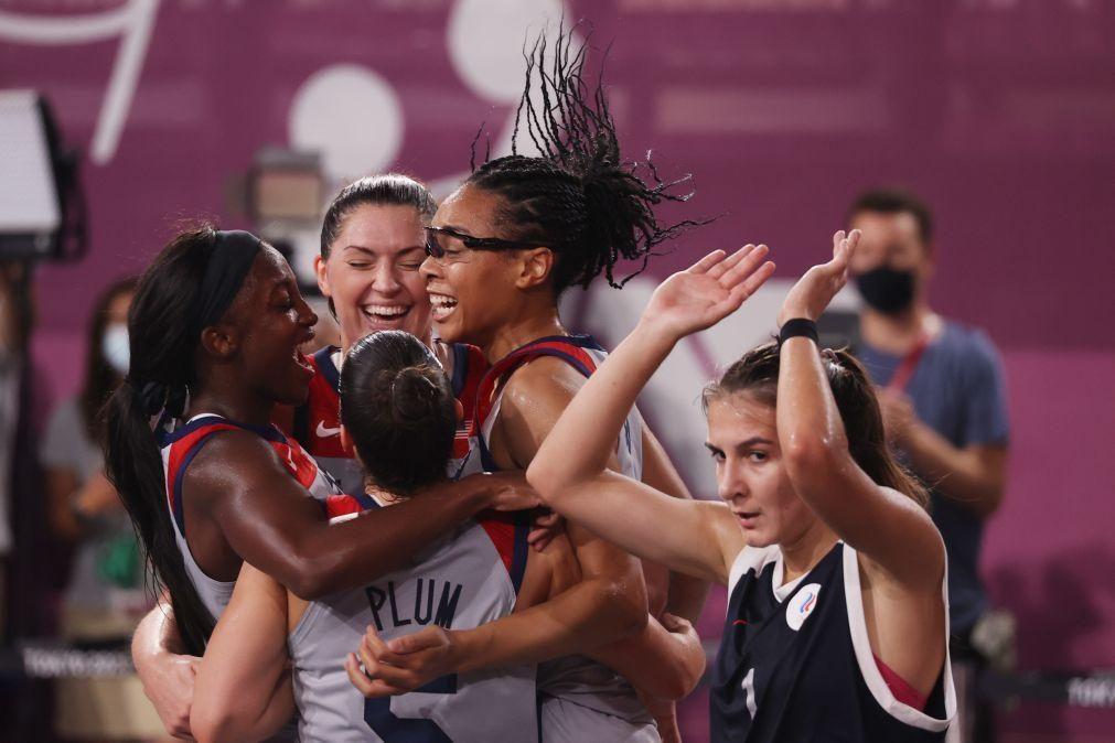 Tóquio2020: Estados Unidos e Letónia vencem primeiros títulos do basquetebol 3x3