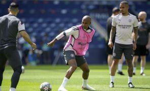 Inglaterra limita cabeceamentos nos treinos de futebol para evitar danos cerebrais