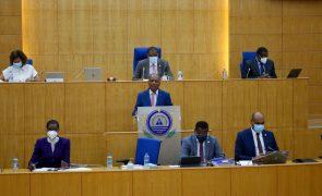 Covid-19: Parlamento cabo-verdiano trava proposta do Governo para aumentar dívida