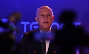Tunísia: Presidente anuncia ataque à corrupção após concentrar poderes