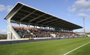 Covid-19: Governo permite regresso de público aos eventos desportivos com regras