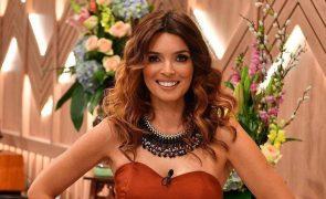 Maria Cerqueira Gomes exibe bumbum e leva fãs à loucura