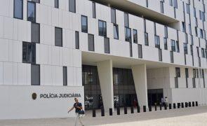 Oito pessoas detidas em Espanha por pertencerem a rede de tráfico de droga