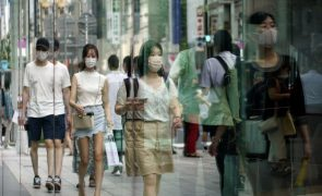 Covid-19: Japão prolonga estado de emergência em Tóquio e alarga-o a mais áreas