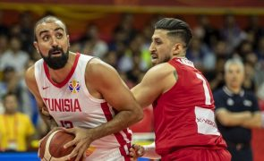 Internacional tunisino Makram Ben Romdhane reforça basquetebol do Benfica