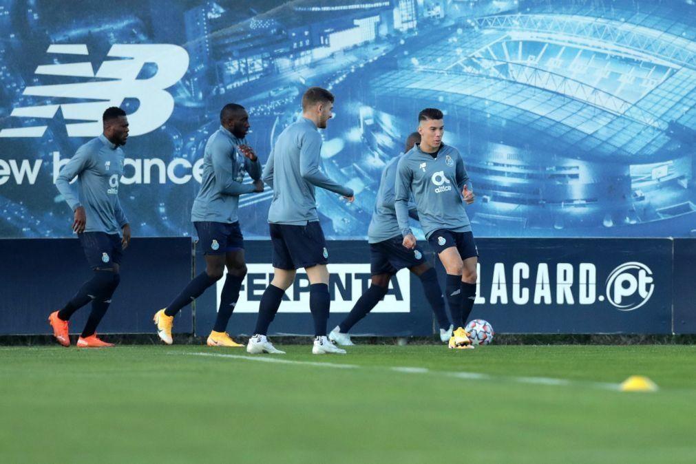 Matheus Uribe faz treino condicionado no regresso do FC Porto ao Olival