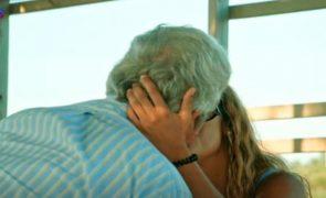 José Luís e Sónia beijam-se e assumem o namoro