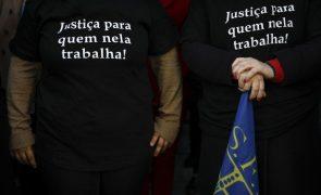 Funcionários judiciais hoje em greve contestam imposição de tratar de candidaturas autárquicas