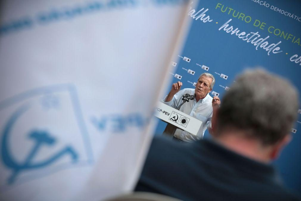 Jerónimo de Sousa insiste na valorização salarial como