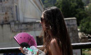 Grécia enfrenta pior vaga de calor dos últimos 30 anos - Governo