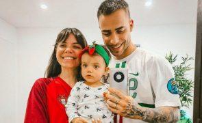Diogo Piçarra mostra namorada nua na banheira e declara-se: