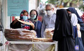 Covid-19: Irão regista novo máximo com 39.019 casos nas últimas 24 horas