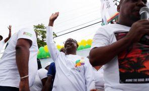 Eleições/São Tomé: Terceiro candidato mais votado pondera boicotar segunda volta