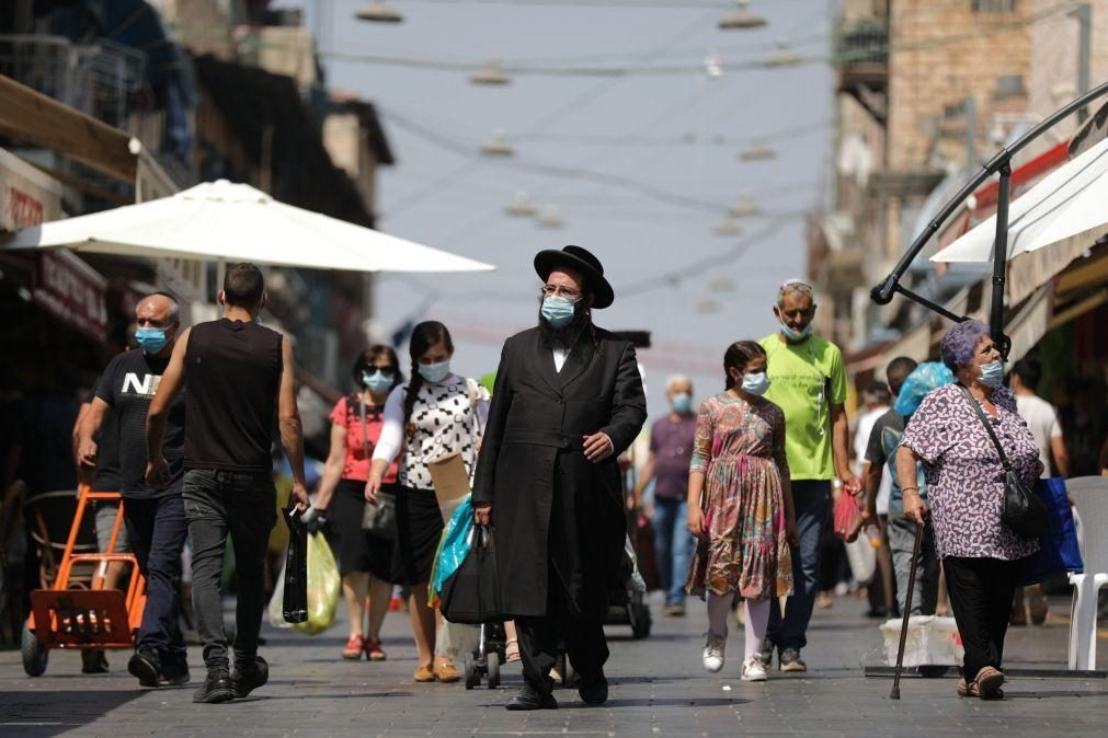 Covid-19: Israel impõe novas restrições para travar propagação da variante Delta