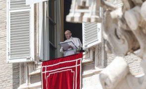Papa pede ajuda concreta para os libaneses em vez de palavras
