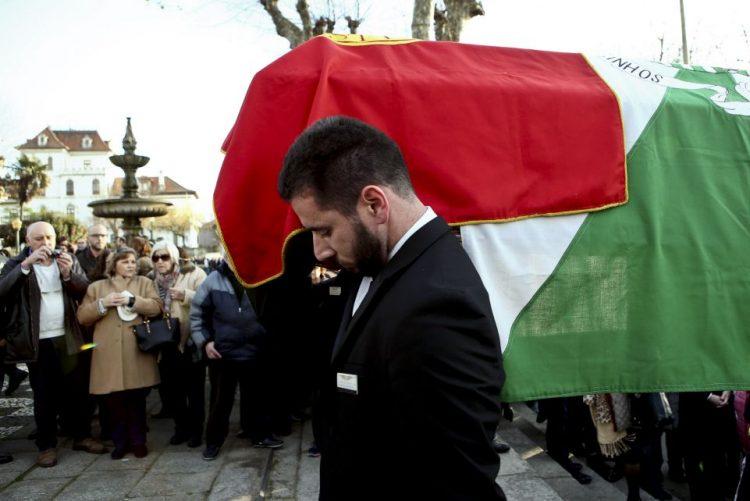 Guilherme Pinto recordado no funeral pelas suas