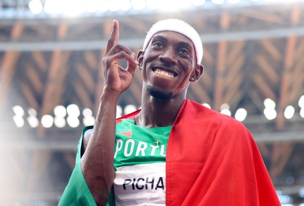 Tóquio2020: Pedro Pichardo fez soar o hino de Portugal e recebeu medalha de ouro