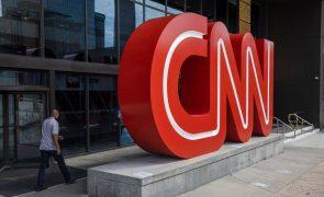 Covid-19: CNN despede três funcionários que foram trabalhar sem estarem vacinados