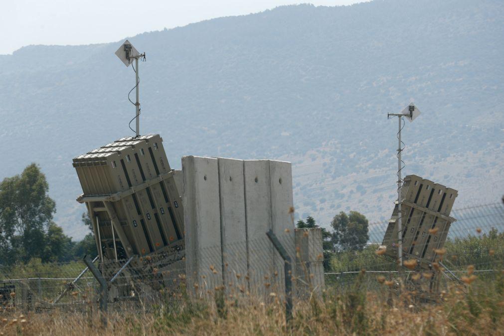 Israel ataca Líbano em resposta a tiros de 'rockets' -- exército