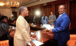 Tribunal de Contas angolano com funcionários