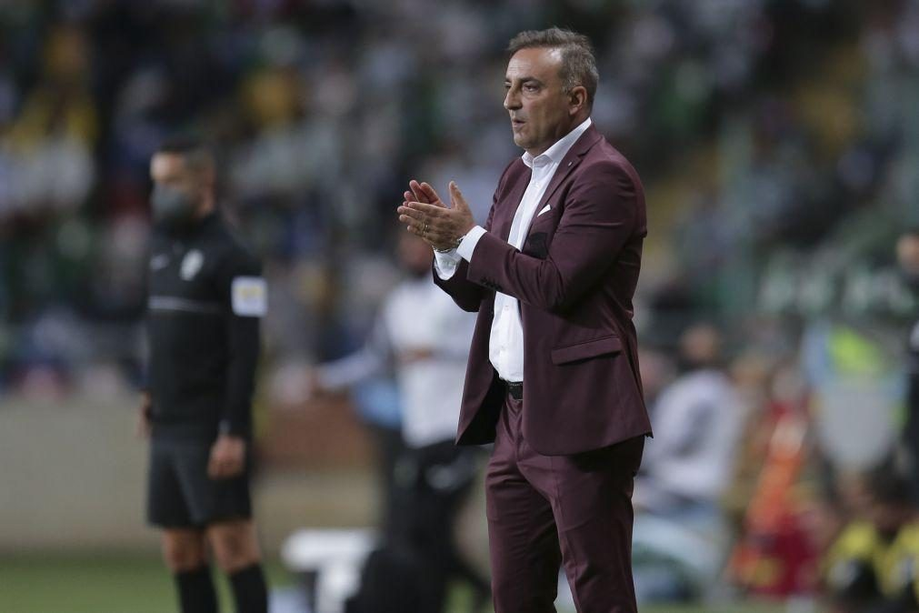 Carlos Carvalhal quer quebrar