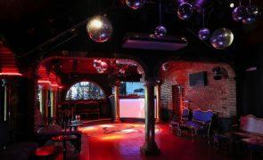 Empresários têm de preparar-se para proibir clientes de fumar nas discotecas