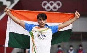 Tóquio2020: Indiano Neeraj Chopra surpreende no lançamento do dardo
