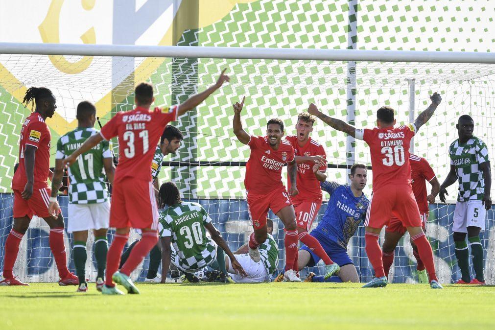Benfica entra na I Liga a vencer com triunfo em Moreira de Cónegos