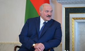 Bielorrússia: Lukashenko reconhece ano difícil após eleições de 2020