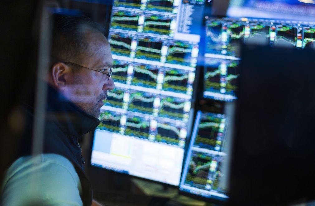 Bolsa de Nova Iorque segue em alta com subida de tecnológicas e energéticas