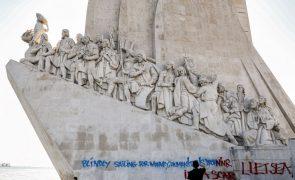Concluída limpeza do 'graffiti' no Padrão dos Descobrimentos em Lisboa