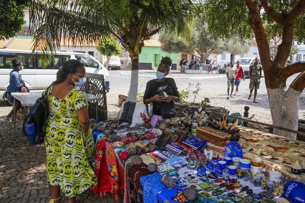 Dinheiro a circular em Cabo Verde aumentou para máximo de 119 MEuro em 2020