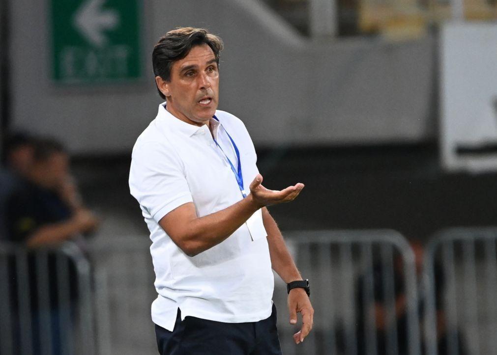 LCE: Treinador do Santa Clara pede união para superar Ljubljana