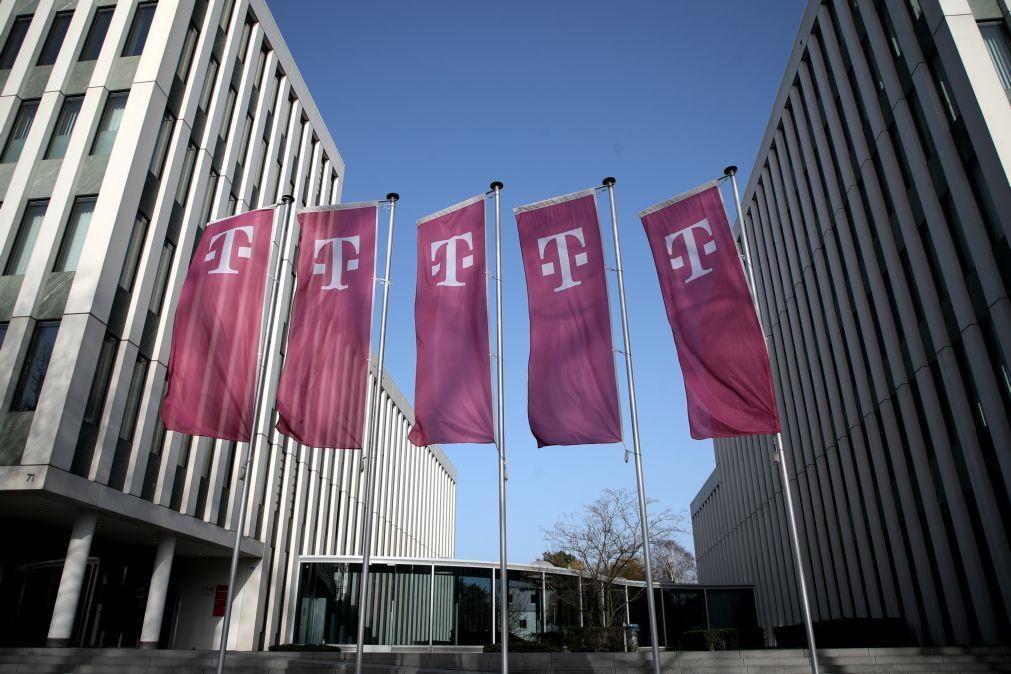 Lucro da Deutsche Telekom cresce 68,6% no 1.º semestre para 2.815 ME