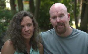 Mulher casa com homem condenado por matar o seu irmão