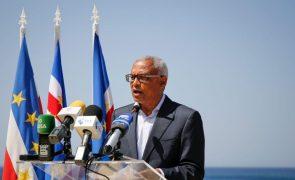 José Maria Neves formaliza candidatura a PR de Cabo Verde com quatro mil assinaturas