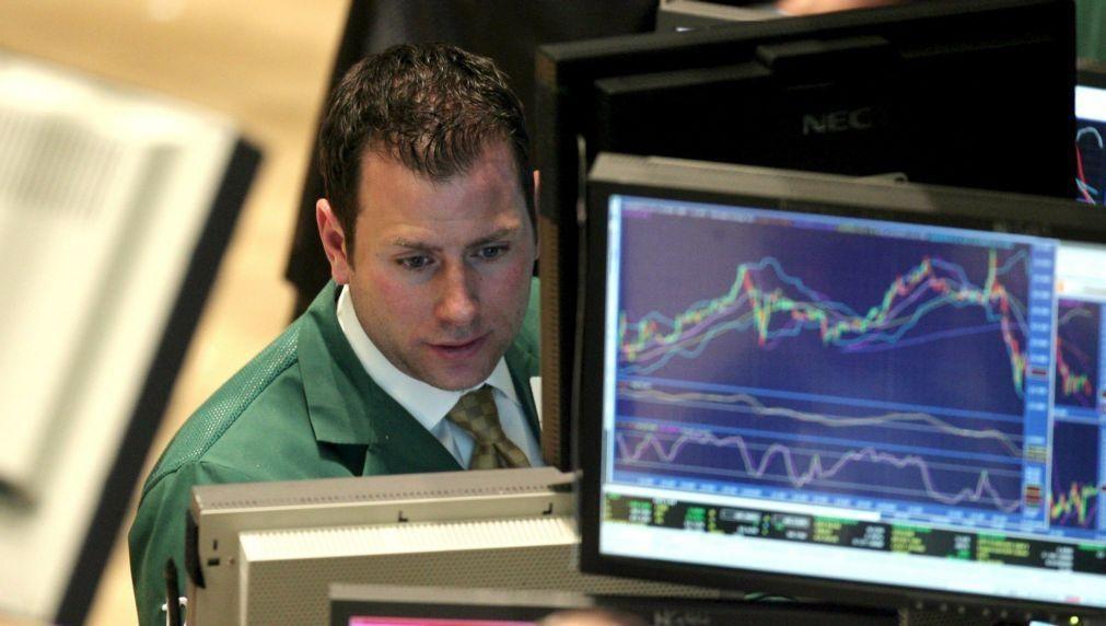 Bolsa de Tóquio fecha a perder 0,14%