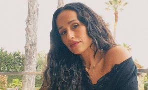 Rita Pereira faz corte radical! Atriz tem novo visual e mostra tudo (Vídeo)