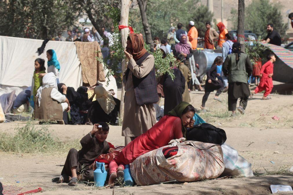 Ofensiva dos talibãs já fez 3,3 milhões de deslocados no Afeganistão