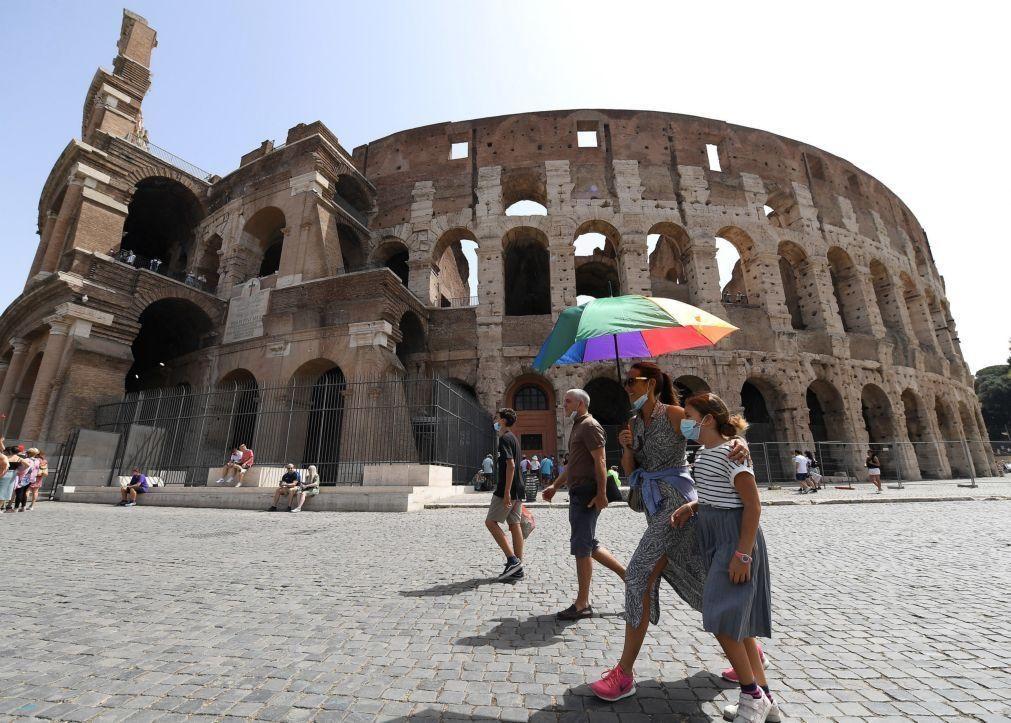 Covid-19: Itália regista 7.409 novos casos e 45 mortes nas últimas 24 horas