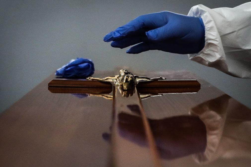 Mortalidade por covid-19 em Portugal vai manter-se