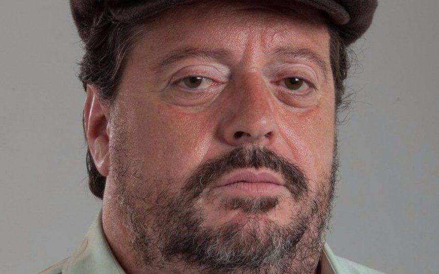 António Melo Internado de urgência