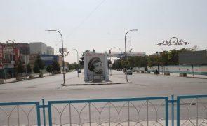 Afeganistão: Sobe para 23 número de capitais provinciais tomadas pelos talibãs