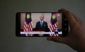 Governo da Malásia demite-se
