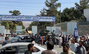 Portugal já retirou 12 dos 16 civis no Afeganistão e restantes sairão em breve - MNE