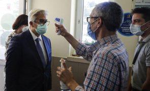 Covid-19: Vacinação no Queimódromo do Porto só reabrirá após inspeção - Governo