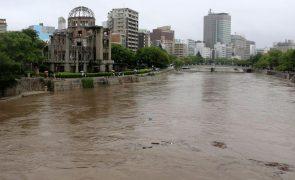 Chuvas torrenciais no Japão causam seis mortos e danos em 4.000 habitações